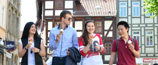 Students in Gottingen walking around the city and eating ice cream